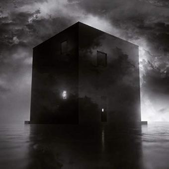 Secrets of the Moon – Black House (Digipak)